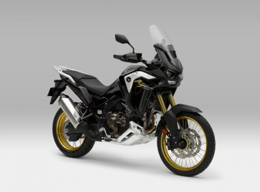AFRICA-TWIN-ADVENTURE-SPORTS-DCT-PLUS-2020_Bildspel_3