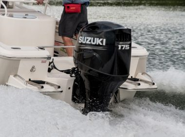 Suzuki-utombordare-DF175AP-action_5
